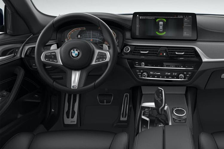 BMW 5 Series 520 xDrive Saloon 2.0 d MHT 190PS M Sport 4Dr Steptronic [Start Stop] inside view